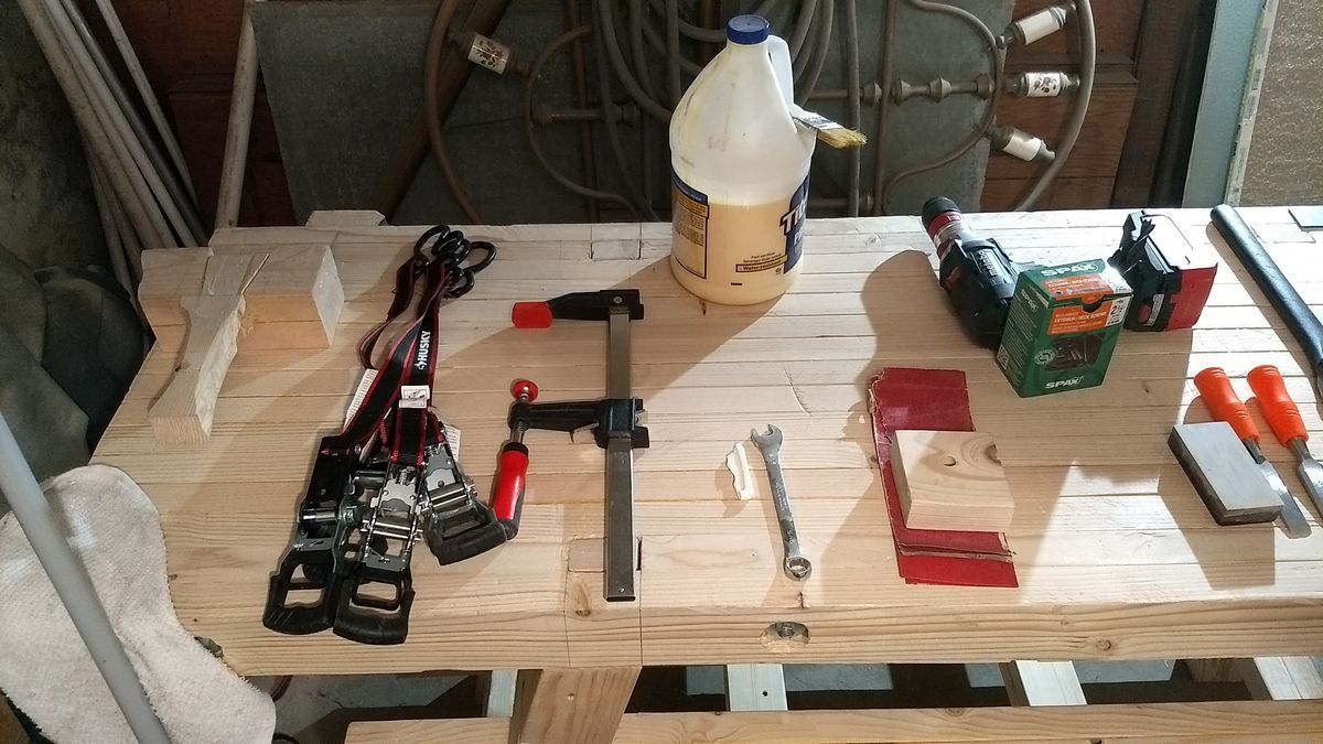 Beginning Woodworking For 250 Tools Workbench